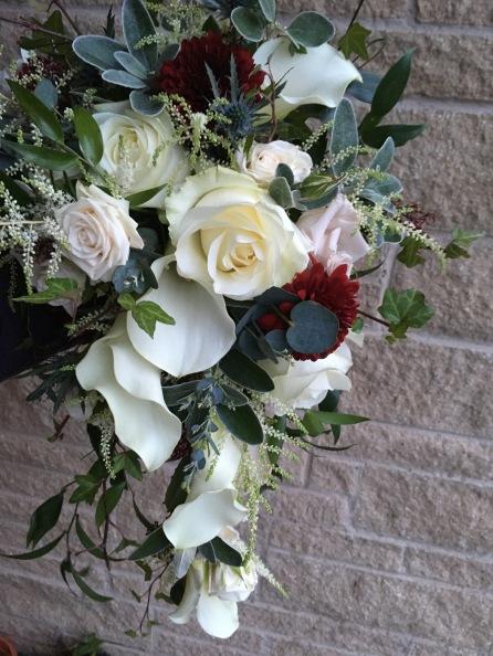 simple cascade bouquet